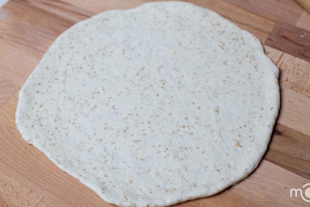 Bánh pizza cuộn giòn giòn, hấp dẫn-2