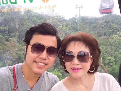 Vũ Hoàng Việt và người tình ngày càng bền chặt - 8