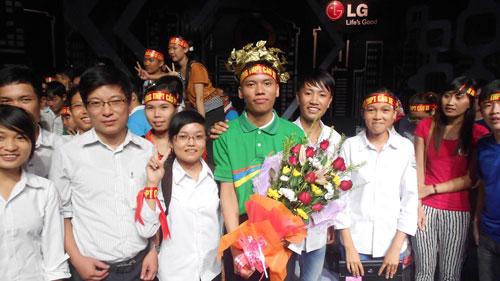thủ khoa kép vao chung ket duong len dinh olympia - 7