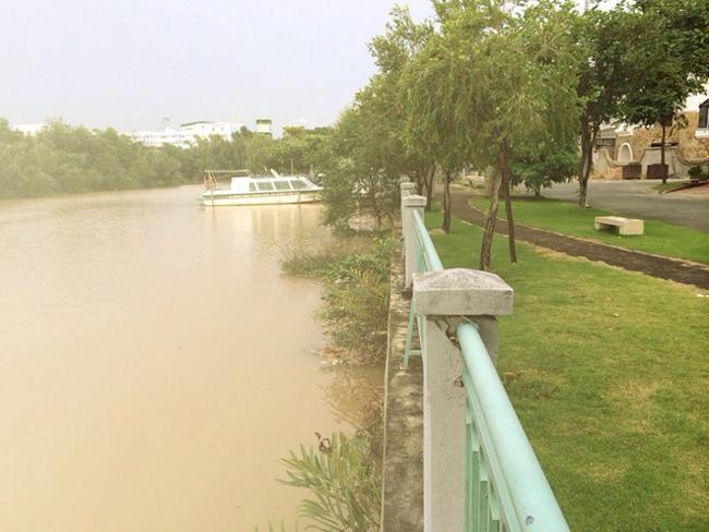 Biệt thự triệu đô nằm ven sông của Thủy Tiên - Công Vinh