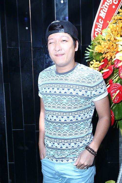 """Khổng Tú Quỳnh """"trốn"""" người yêu đi sự kiện-15"""