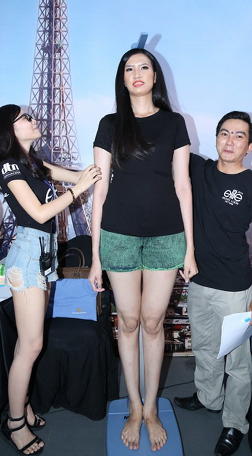 "gia canh dang thuong thi sinh 1m91 tai ""elite model look"" - 3"