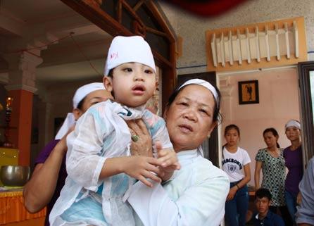 Nỗi đau xé lòng của gia đình bé 8 tháng tử vong ở Huế-2