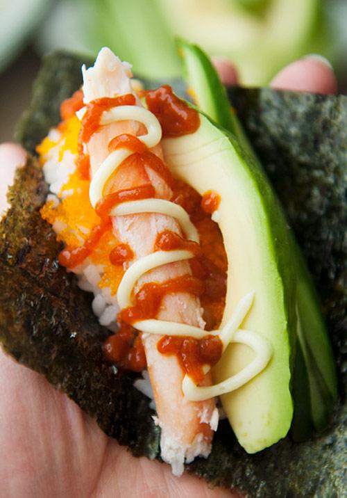 tu lam sushi hinh oc que thom ngon - 9