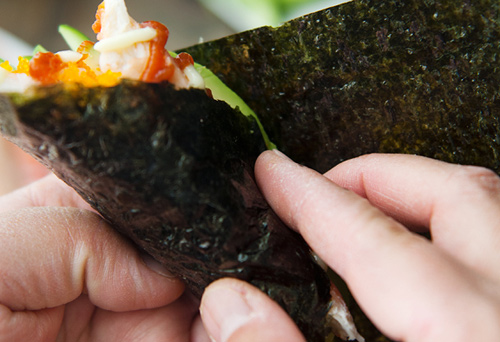 tu lam sushi hinh oc que thom ngon - 10