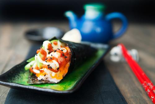 tu lam sushi hinh oc que thom ngon - 13