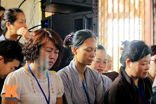 hang nghin nguoi tham gia le hoa hong cai ao - 11
