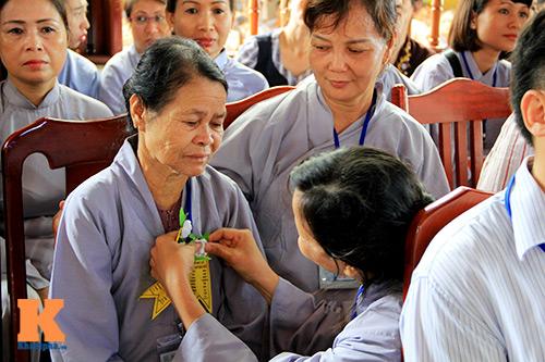 hang nghin nguoi tham gia le hoa hong cai ao - 16