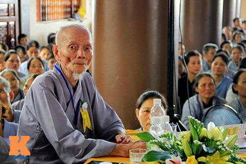 hang nghin nguoi tham gia le hoa hong cai ao - 4