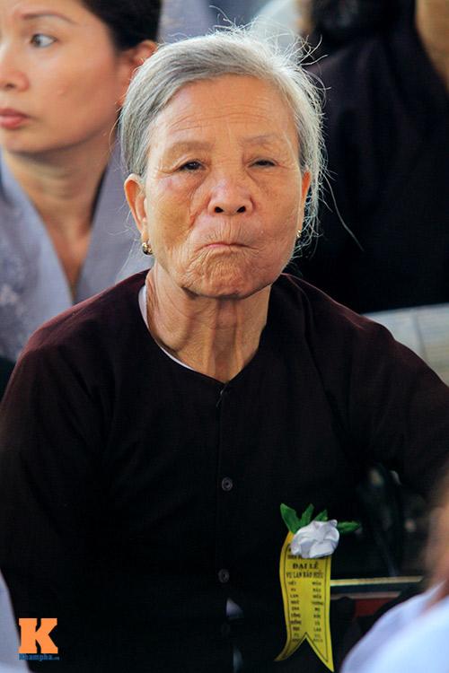 hang nghin nguoi tham gia le hoa hong cai ao - 3