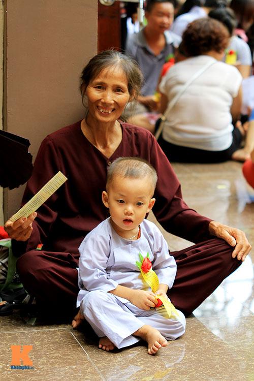 hang nghin nguoi tham gia le hoa hong cai ao - 5