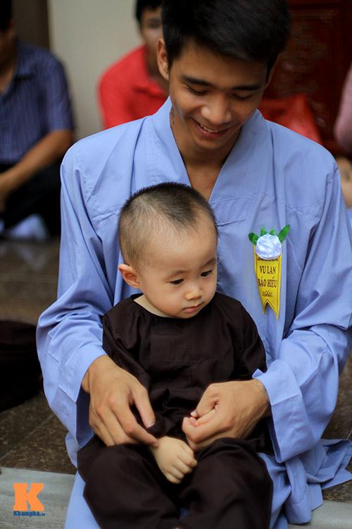 hang nghin nguoi tham gia le hoa hong cai ao - 15