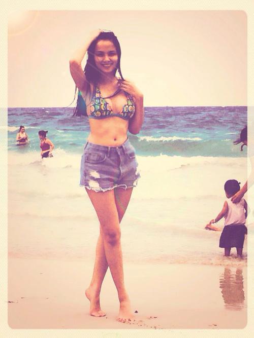 Người đẹp Việt khêu gợi tò mò với bikini sexy - 2