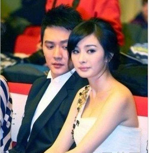 """my nhan cbiz bi dong nghiep nam """"dom nguc"""" - 5"""