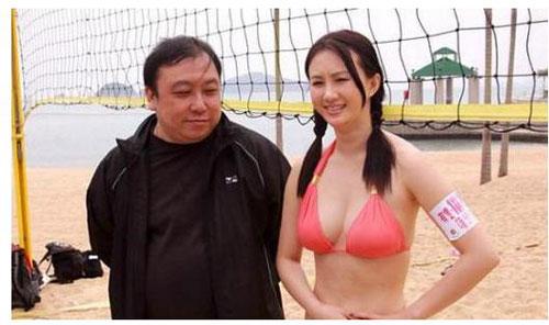 """my nhan cbiz bi dong nghiep nam """"dom nguc"""" - 7"""