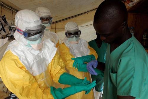 gan 1.000 nguoi chet vi ebola, 3 tinh huong ung pho cua vn - 1