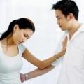 Tình yêu - Giới tính - Yêu 7 năm, vừa cưới về chồng đánh vợ tơi bời
