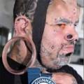 Tin tức - Người đàn ông có dái tai lớn nhất thế giới