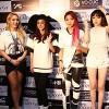 Fan Việt gào thét khi gặp 2NE1 tại Sài Gòn