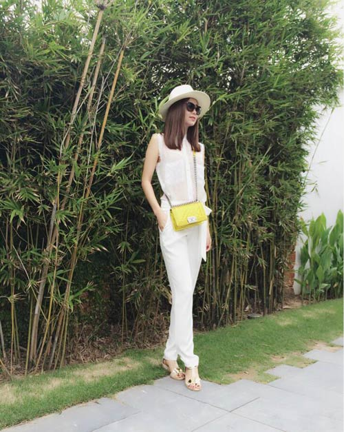 tuan qua: hoang thuy lien tuc khoe style an tuong - 7
