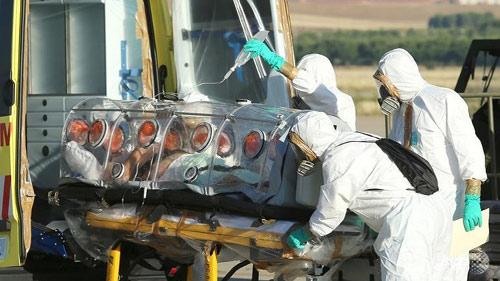 """than duoc"" tri ebola het sach ngay tuan dau tien - 3"
