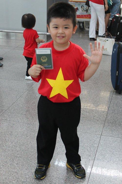 """hung cuu long bi nham la """"cong tu bac lieu"""" - 2"""