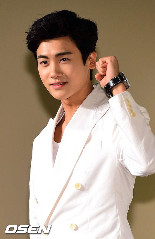 kim hyun joo tre trung sau 12 nam dong giay thuy tinh - 6