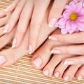 Sức khỏe - 7 dấu hiệu móng tay bạn không nên bỏ qua
