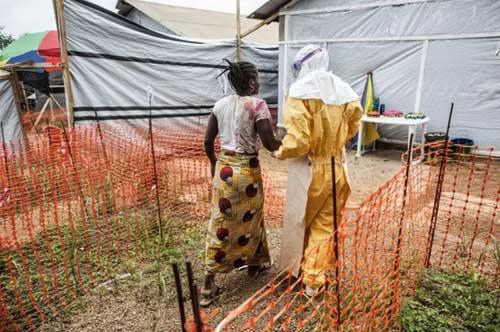 hanh trinh toi cai chet cua mot nan nhan nhiem ebola - 7