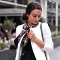 Thời trang - Kết hợp khăn lụa thông minh cho nữ công sở