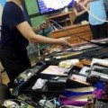 Thời trang - Hà Nội: Mua hàng hiệu giá rẻ phải xếp hàng