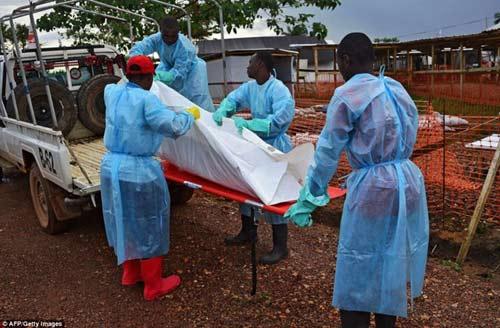 tham canh cua nhung gia dinh tan nat vi dich ebola - 11