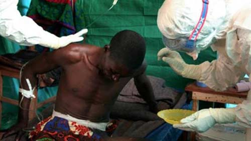 kinh hoang chuyen phu thuy chau phi 'dong loa' voi virus ebola - 1