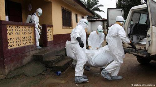 "noi long cua nhan vien y te tai ""tam bao"" ebola - 1"