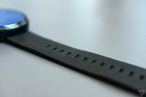 anh thuc te moto 360 - smartwatch dep nhat the gioi - 7