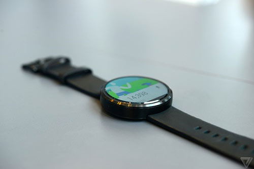 anh thuc te moto 360 - smartwatch dep nhat the gioi - 8