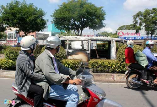 xe cho 12 benh nhan chay du doi o sai gon - 11
