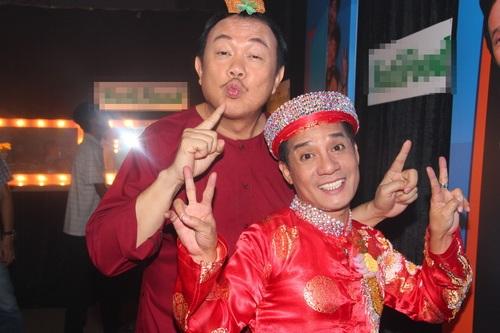 """tran thanh """"dai nao"""" ben viet huong, hoai linh - 17"""