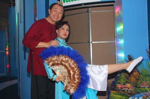 """tran thanh """"dai nao"""" ben viet huong, hoai linh - 9"""