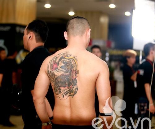 """vntm 2014: choang voi hinh xam """"khung""""! - 2"""