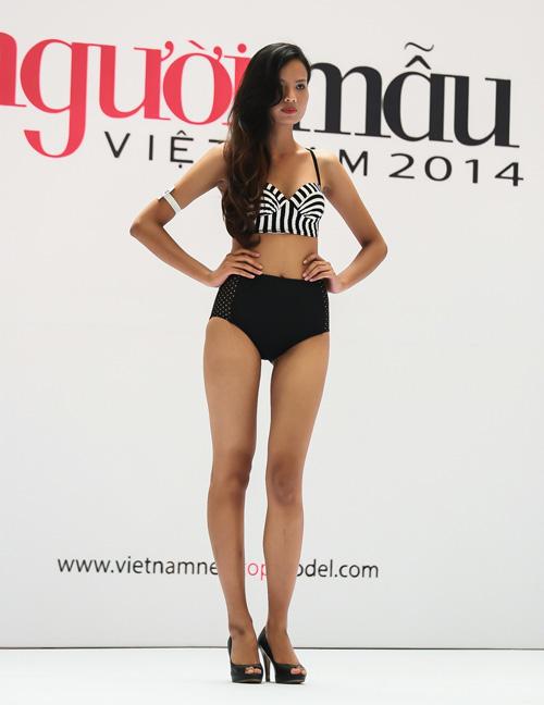 VNTM 2014: Adam bế bổng thí sinh vì thân hình quá chuẩn-16