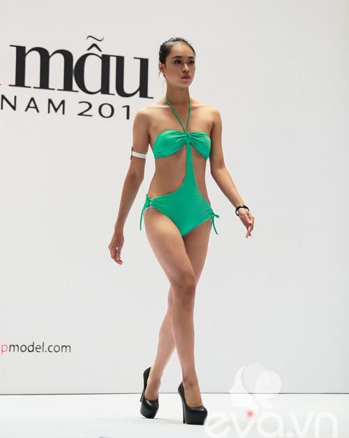 VNTM 2014: Adam bế bổng thí sinh vì thân hình quá chuẩn-9