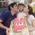 Làng sao - Con trai Thanh Thúy hạnh phúc đón tuổi thứ 5