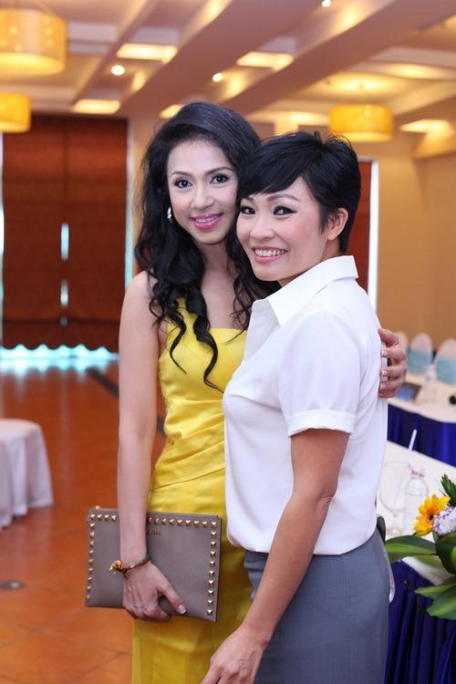 Việt Trinh ngày càng trẻ đẹp ngỡ ngàng-8