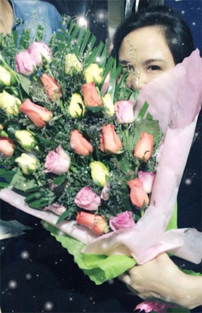 diem huong nhan hoa cua ban trai giua dem khuya - 1