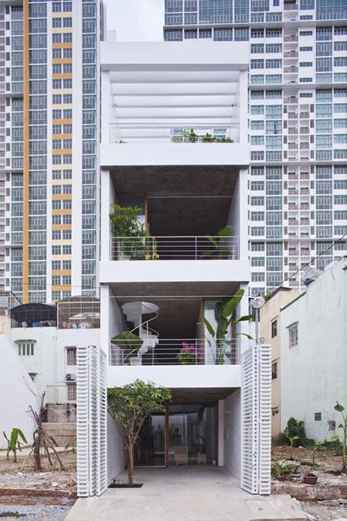 Ngưỡng mộ nhà ống Sài Gòn 'hút' sáng ngập nhà-1