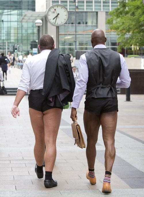 London: Nam công sở mặc quần chẽn đi làm-15