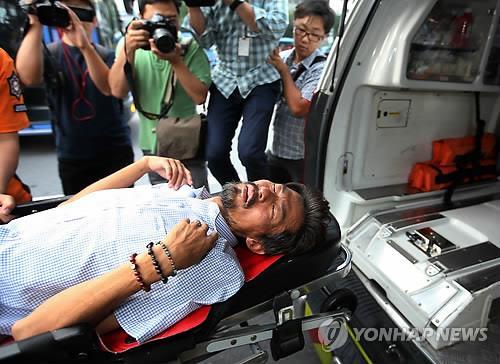 Cha nạn nhân tàu Sewol nhập viện vì tuyệt thực 40 ngày-1