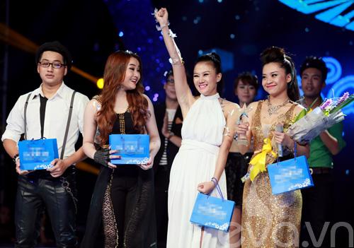 Bị loại khỏi X-Factor, Minh Tiến đăng quang SMĐH-11