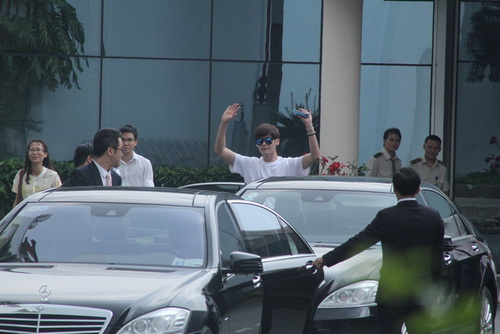 "hang tram fan viẹt ""heo quat"" vi cho lee jong suk - 6"